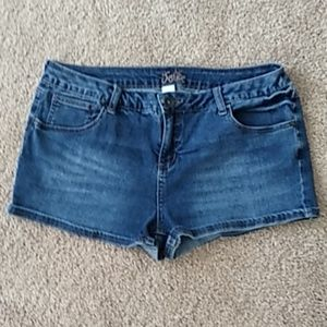 Justice jean shorts size 16.5